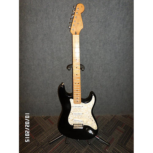 Fender Stratocaster Deluxe Black Solid Body Electric Guitar