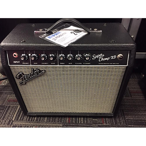 Fender Super Champ XD 15W 1x10