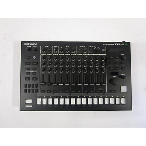 Roland Tr8S Aria Rhythm Performer With Sample Playback Production Controller