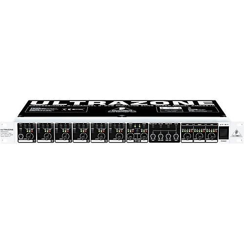 Behringer ULTRAZONE ZMX8210 Mixer