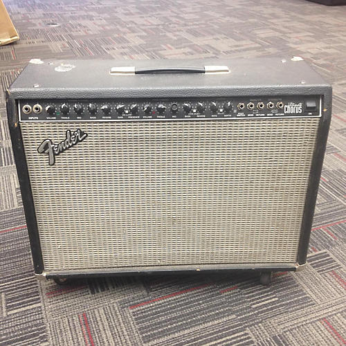 Fender Ultimate Chorus Guitar Combo Amp