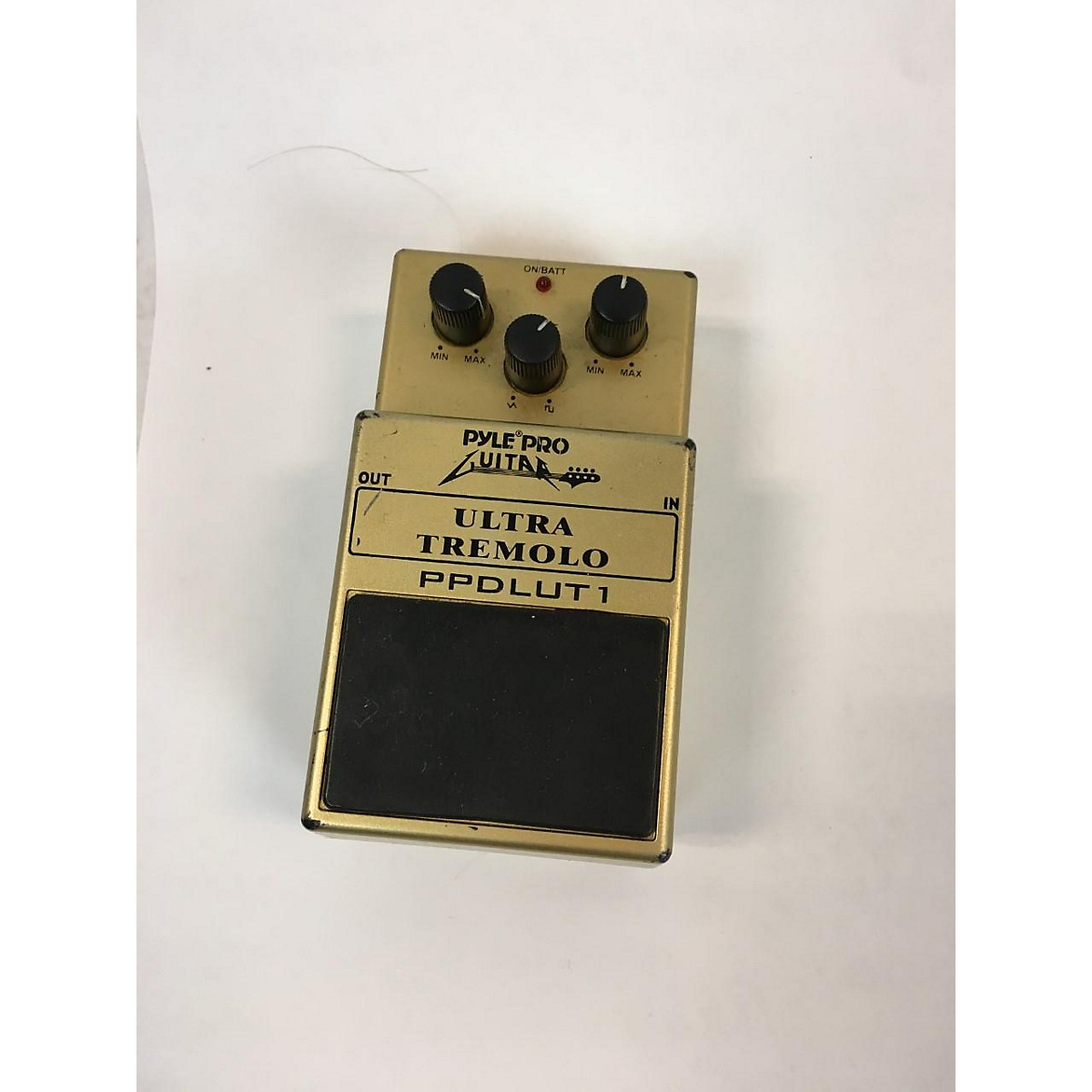 PYLE Ultra Tremolo Effect Pedal