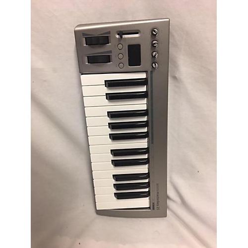 In Store Used Used ACORN MASTERKEY 25 MIDI Controller