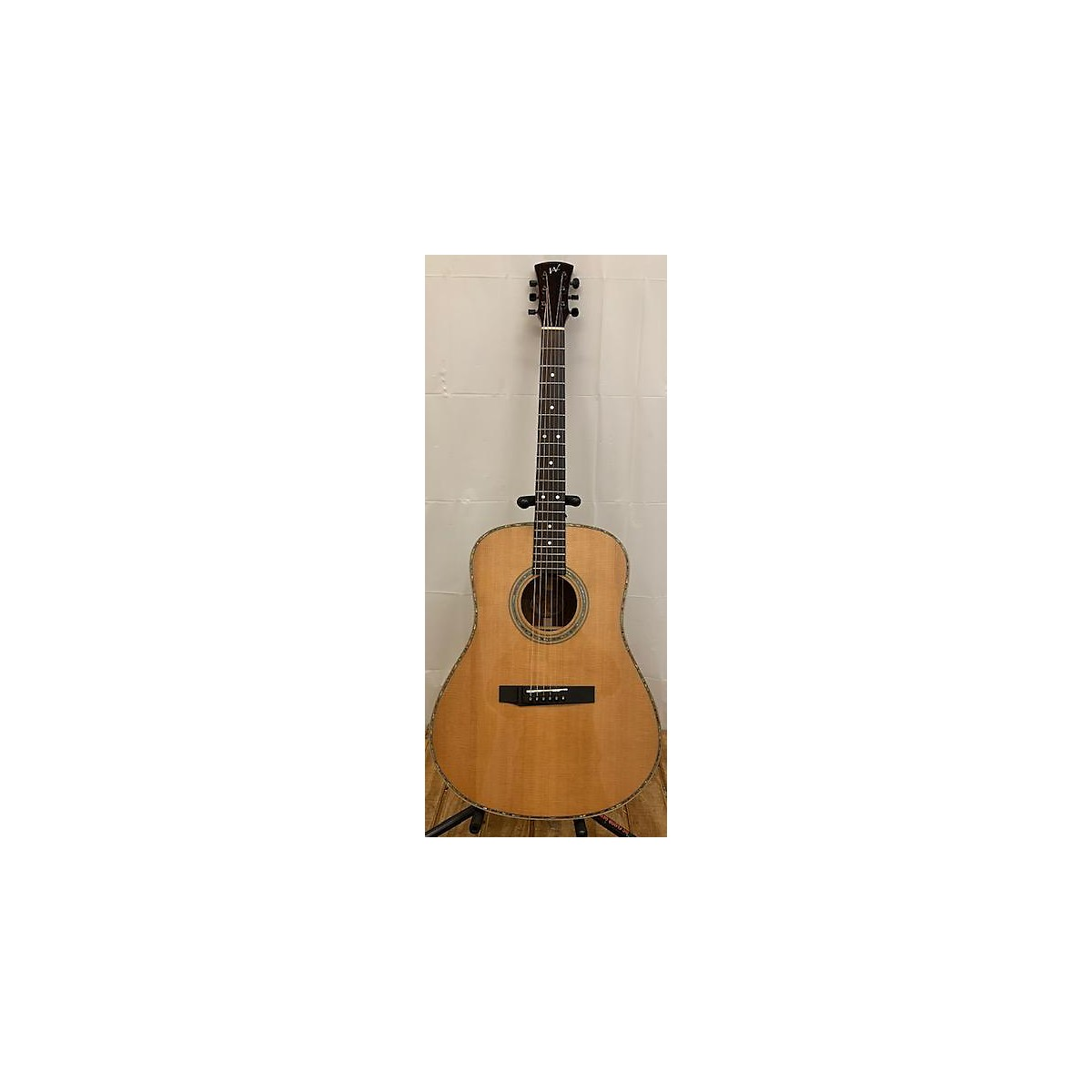 In Store Used Used ANDREW WHITE GUITARS D1050 Natural Acoustic Guitar