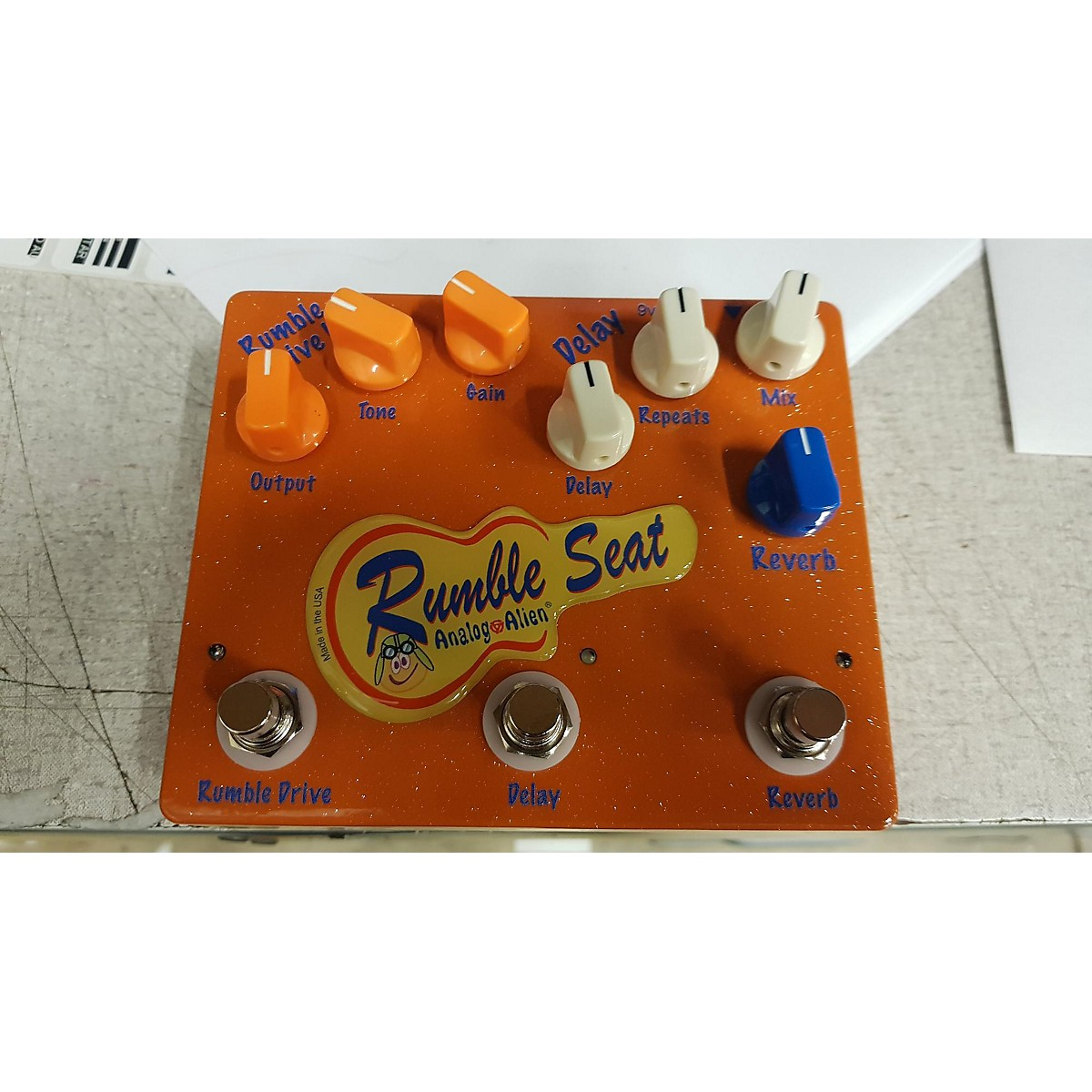 In Store Used Used Analogue Alien Rumble Seat Effect Processor