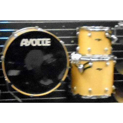 In Store Used Used Ayotte 3 piece Drumsmith Natural Drum Kit