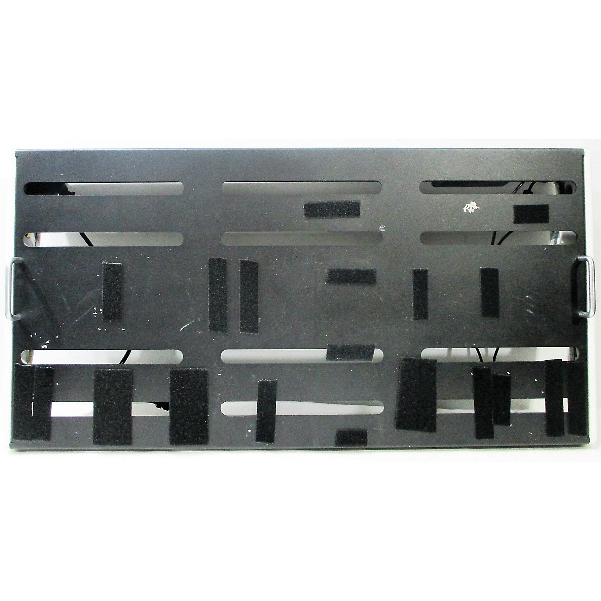 In Store Used Used CREATION MUSIC ELEVATION Pedal Board