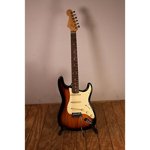 In Store Used Used Custom S-style 3 Color Sunburst Solid Body Electric Guitar
