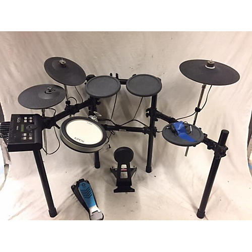 In Store Used Used DTX520 Yamaha Electric Drum Set