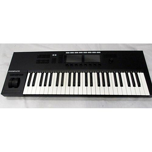 In Store Used Used Komplete Kontrol S49 Mk2 MIDI Controller