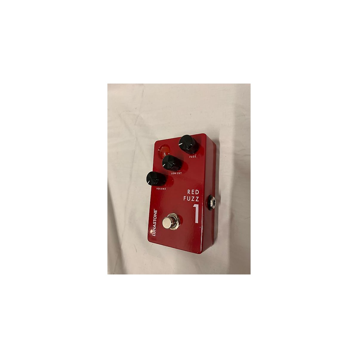 In Store Used Used Lunastone Red Fuzz 1 Effect Pedal