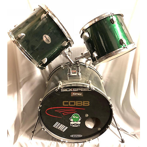In Store Used Used MENDINI 3 piece 3 PIECE Emerald Green Drum Kit
