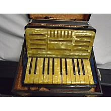 Used Matelli Accordion 25key/32bass Organ