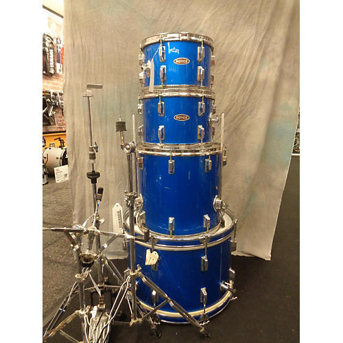 In Store Used Used Royce 4 piece With Hardware Blue Drum Kit