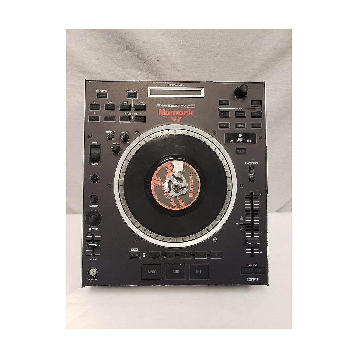 Numark V7 DJ Controller