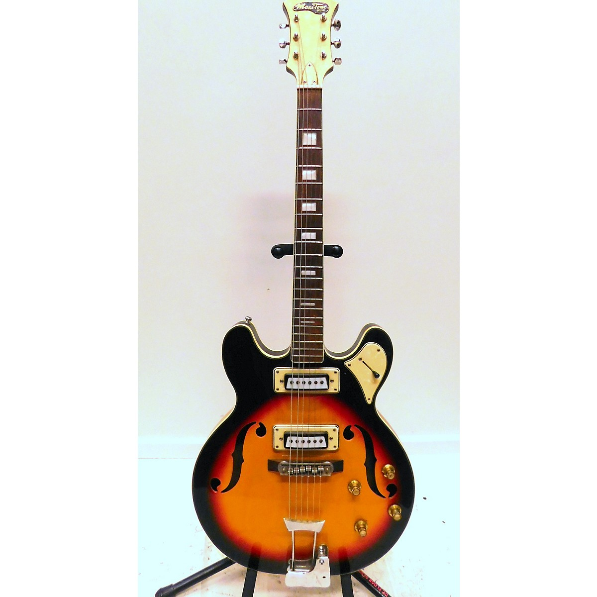 In Store Vintage Vintage 1960s Maxitone Bruno Vintage Sunburst Hollow Body Electric Guitar