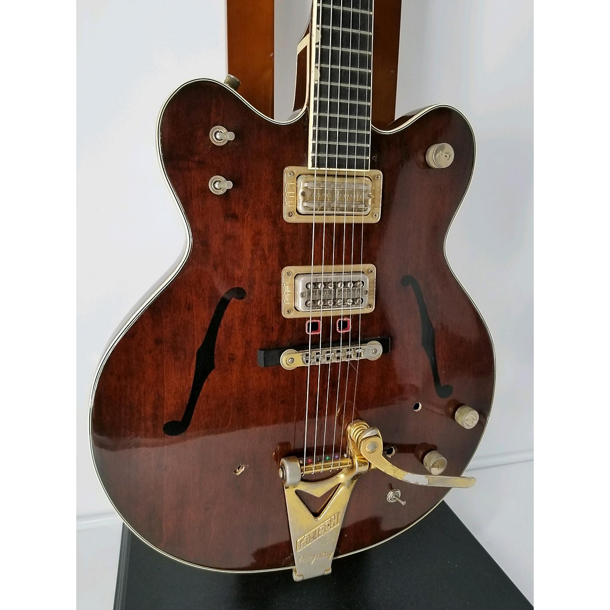 In Store Vintage Vintage 1964 Gretsch 6122 Country Gentleman Walnut Hollow Body Electric Guitar