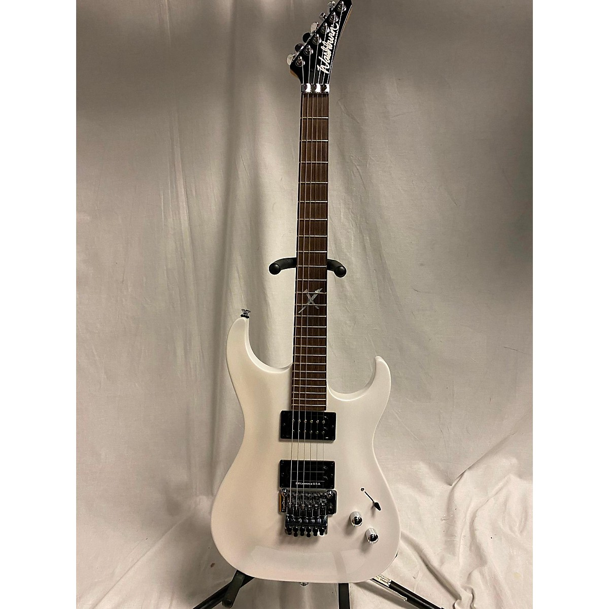 Washburn X500-v Solid Body Electric Guitar