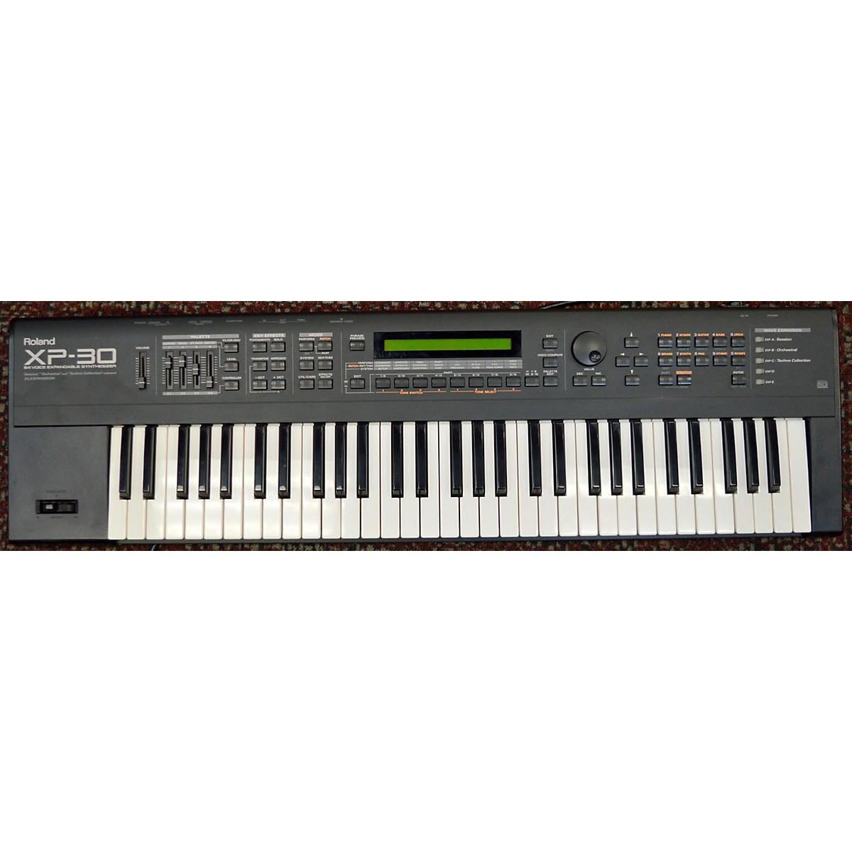 Roland XP30 Synthesizer