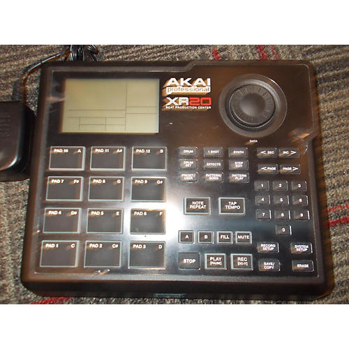 Akai Professional XR20 Beat Production Center Production Controller