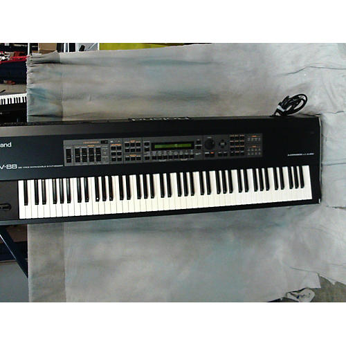 Roland XV-88 Keyboard Workstation